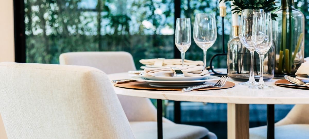 5 Tips for Hosting a Formal Dinner Party