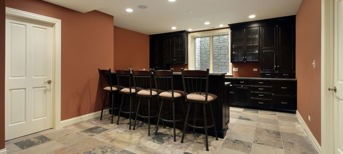 Creative Ideas To Make an Awesome Basement Bar